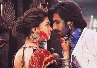 Lahu Munh Lag Gaya Goliyon Ki Raasleela Ram-leela She swayed like a dream while he watched This Deepika Padukone-Ranveer Singh song is still remembered for palatable chemistry and delicious lyrics and music.