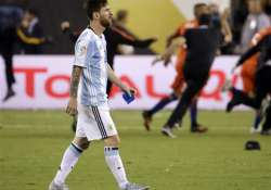 Lionel Messi announces retirement as Argentina loses Copa