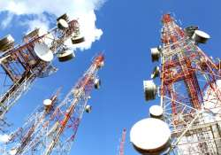 Telcos plan to install 150,000 towers by March 2017 to
