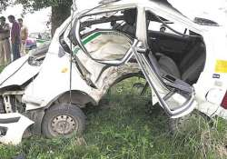BSES engineer dies in car crash after being chased by- India Tv