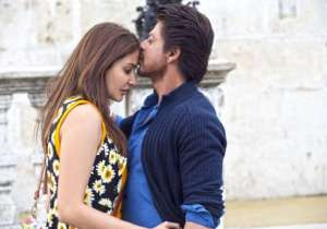 Jab Harry Met Sejal Movie Review: Shah Rukh-Anushka's chemistry wins heart but storyline falls flats, movie earns Rs 14.25 crores on Day 2