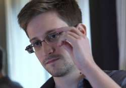 edward snowden gets 47gb of twitter notifications