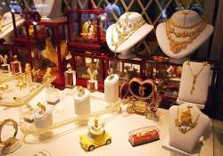 jewellery sales likely to spurt 30 35 on dhanteras