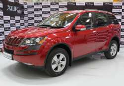 mahindra launches entry level xuv500 priced at rs 10.95 lakh