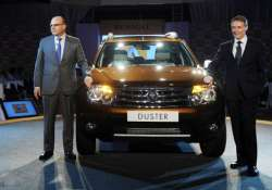 renault launches duster priced between rs 7.19 11.29 lakh