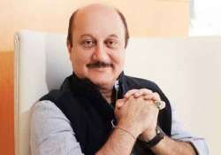 anupam does away with moustache for dhoni biopic