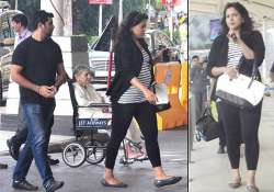 spotted sameera reddy flaunts baby bump see pics