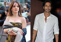 not sussanne arjun rampal is happy with his girl in shillong
