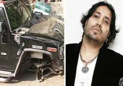 singer mika named suspect in mumbai hit and run case