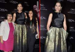 sonam kapoor flaunts at the launch of l oreal sunset cannes
