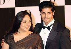 would not demean my mother s name tanuj virwani