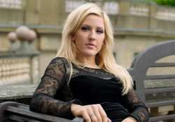 ellie goulding to spend x mas eve at homeless shelter