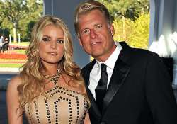 jessica simpson bans father from wedding