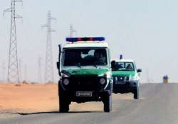 death toll climbs past 80 in siege in the sahara
