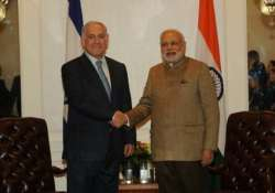 pm narendra modi discusses defence cooperation with israeli