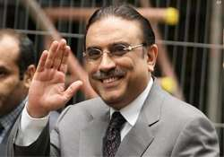 zardari becomes first pak president to complete 5 yr term