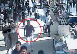 cctv footage of suspect in chennai train blasts released