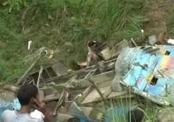 eight killed as vehicle rolls down gorge in himachal