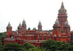 madras hc comes to the rescue of sub inspector aspirants