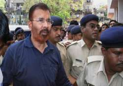 family supporters hail bail for vanzara