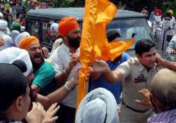 jammu one killed 6 injured in clashes between sikh youth