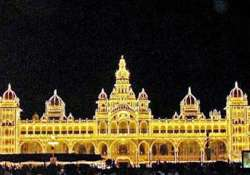 mysore ex ruler worships weapons on dussehra festival