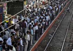 railways to operate special trains on holi