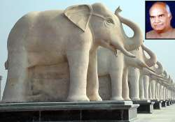 remove statues of bsp poll symbol in up bjp