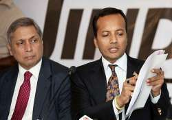 zee news jindal send defamation notices to each other