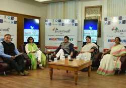 union ministers connect with netizens in talkathon