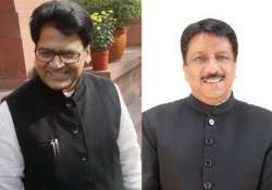 samajwadi party disowns shahid siddiqui after modi interview