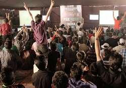 cricket frenzy grips pakistan large lcds led tvs to screen