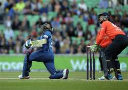 sri lanka beat england by 9 runs in t20