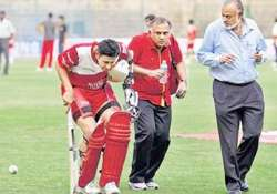 thief decamps with kumble s rs 45 000 valuables from