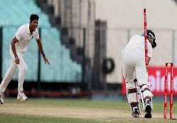 pacer dinda asked to join team india in ahmedabad