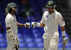 pak on verge of victory in second test