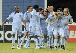besler lifts kc past united for east s top seed
