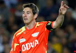 messi scores 3 goals in world soccer masters tour
