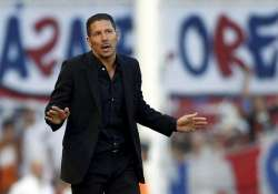 simeone takes over at racing club in argentina