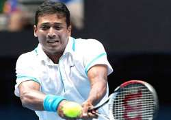 bhupathi istomin advance somdev ousted in dubai lead