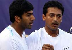 bhupathi bopanna survive scare enter doubles quarters