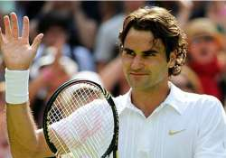federer reaches another milestone at french open