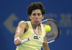 suarez navarro beats pironkova advances to semis