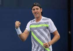 sock baghdatis move to 2nd round at memphis