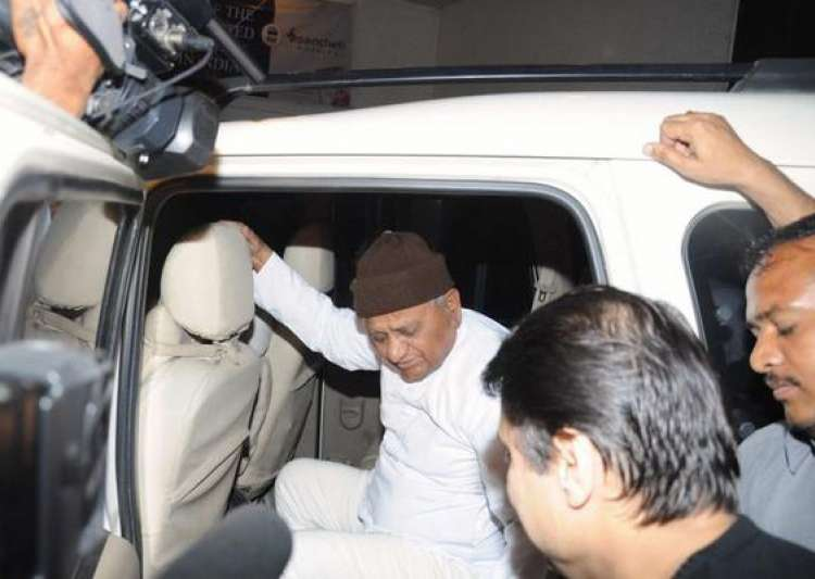 anna asks supporters not to worry about his health- India Tv