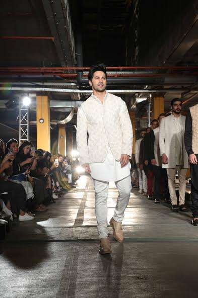 Varun Dhawan walked the ramp for designer Kunal Rawal. It is s very proud moment for me as a friend. Kunal is a big designer today, besides doing film he is big in the fashion industry as well,