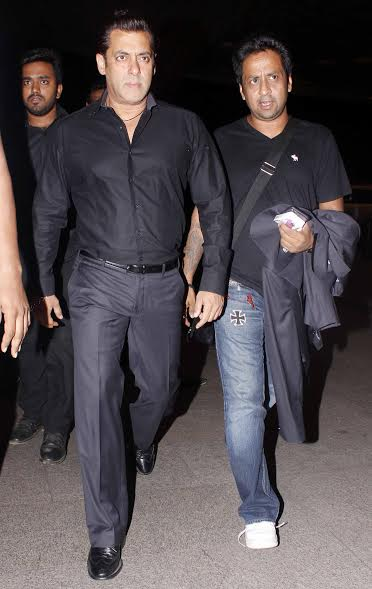 Salman Khan's star-studded Da-Bangg tour is all set to take place in Sydney, Auckland, Melbourne this month. The Bhai of Bollywood was spotted at Mumbai airport, all set to sizzle at the glitzy event.