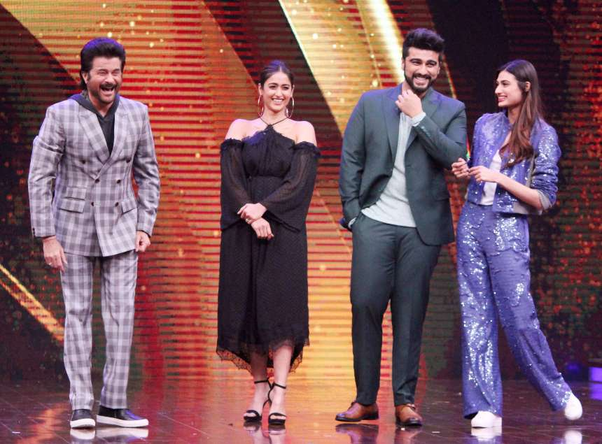 Happy faces of Anil Kapoor and Arjun Kapoor can easily be seen with those of Athiya Shetty and Ileana d'cruz.