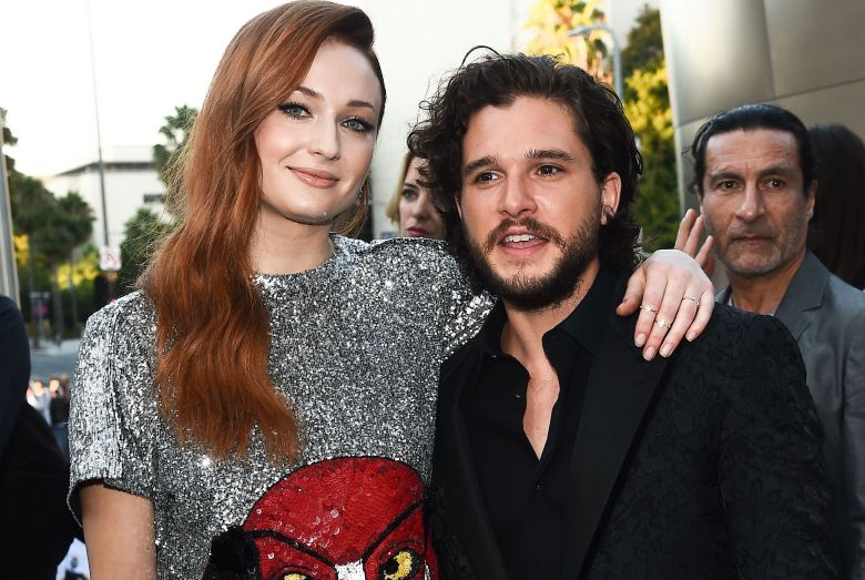 The King in the North with Sis, Lady Sansa