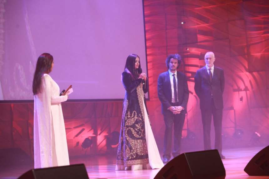 Aishwarya Rai Bachchan hosted the Indian National Flag in Melbourne at IIFM 2017. She was awarded with the Westpac IFFM Excellence in Global Cinema award. She will next hit the screen as a singer in Fanney Khan which also features Anil Kapoor.